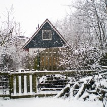 de-bungalow-in-de-winter